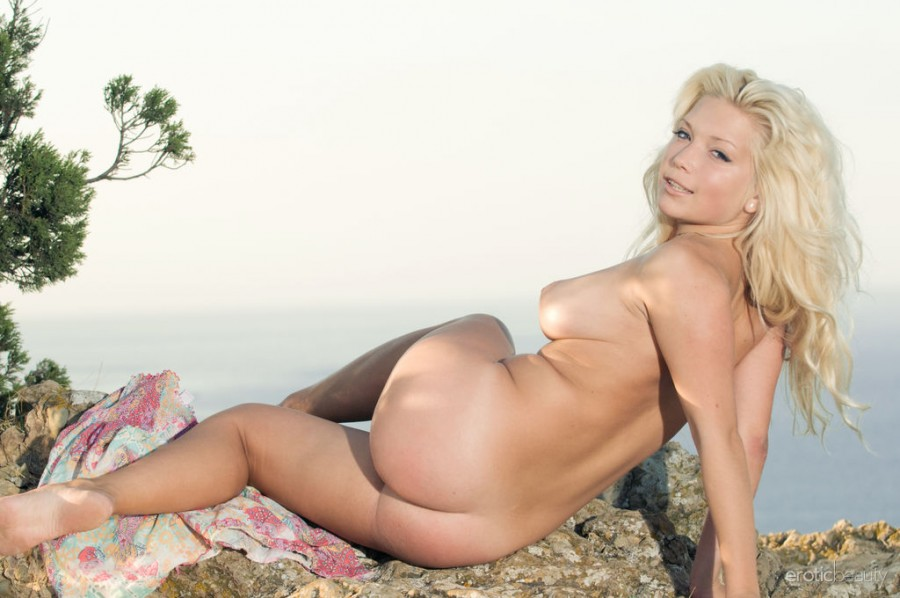Naughty Blonde Melissa A in Water Front 1 by Max Asolo