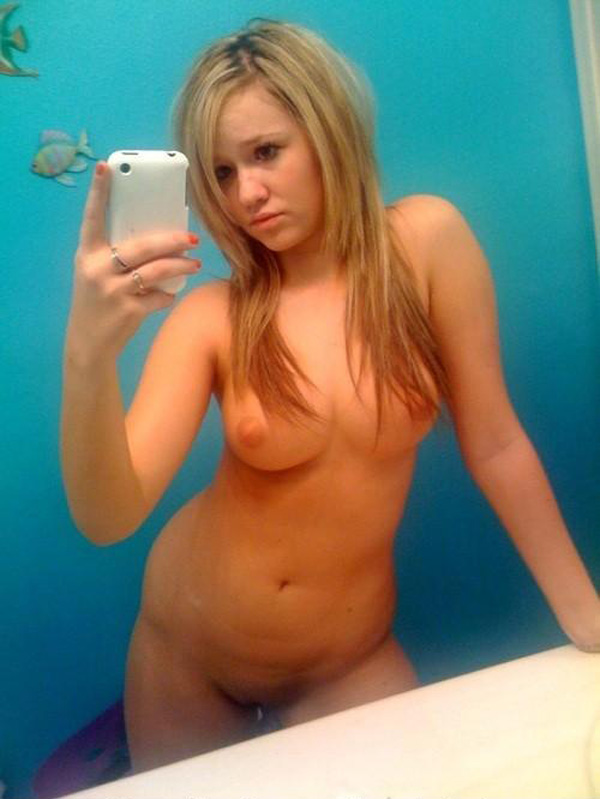 Naughty Blonde Amateurs Selfies