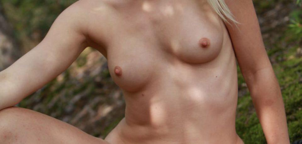 Naughty Amateur Blonde Sandik A 14